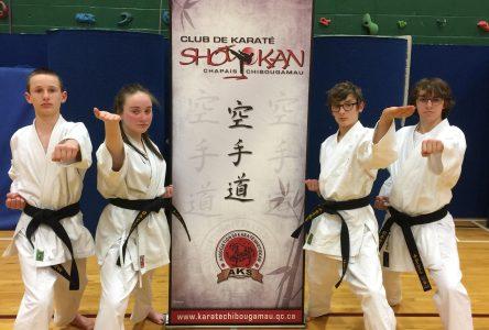 Le Club de karaté Shotokan se classe 2e au provincial