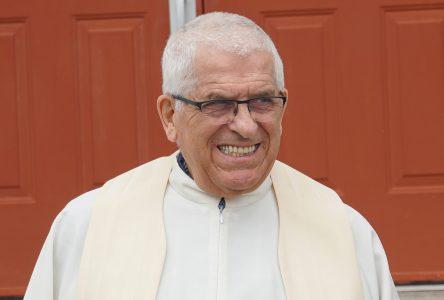 Le curé Lacroix quittera la région